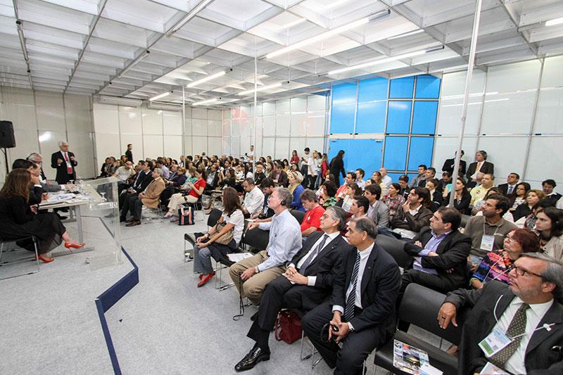 Com conteúdo cada vez mais interessante, os painéis da Vila do Saber atraem agentes de viagens, fornecedores e hosted buyers