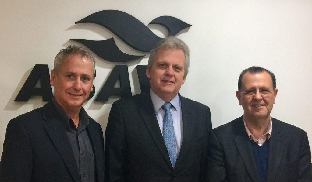Edmar Bull, Antonio Azevedo e os diretores da ABAV planejaram a melhor ABAV Expo de todos os tempos. Ficou o desafio de superar em 2017