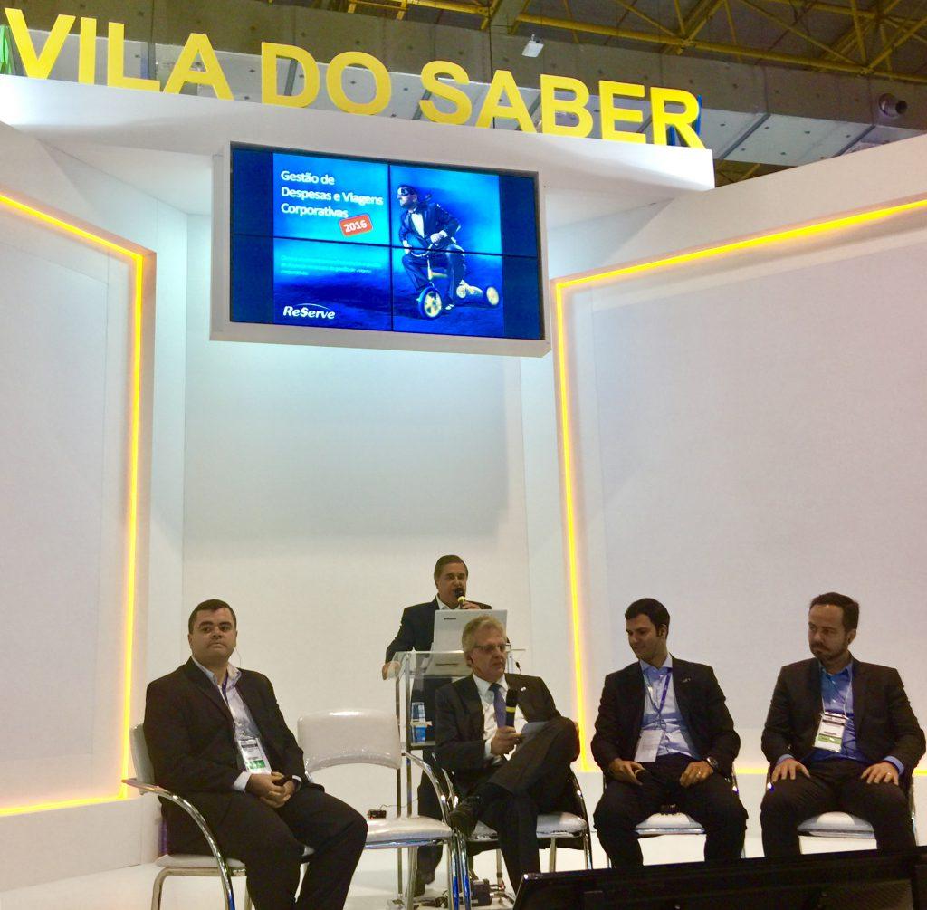 As arenas da Vila do Saber surpreenderam como solução, com decoração clean, conteúdo de qualidade e muita tecnologia