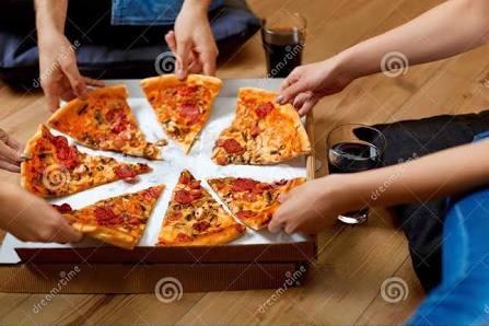 O verdadeiro responsável pelo consumo parcimonioso da pizza são os próprios viajantes corporativos
