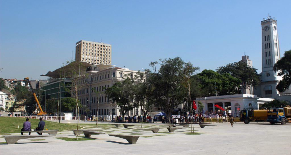 O MAR e o terminal de cruzeiros da Praça Mauá