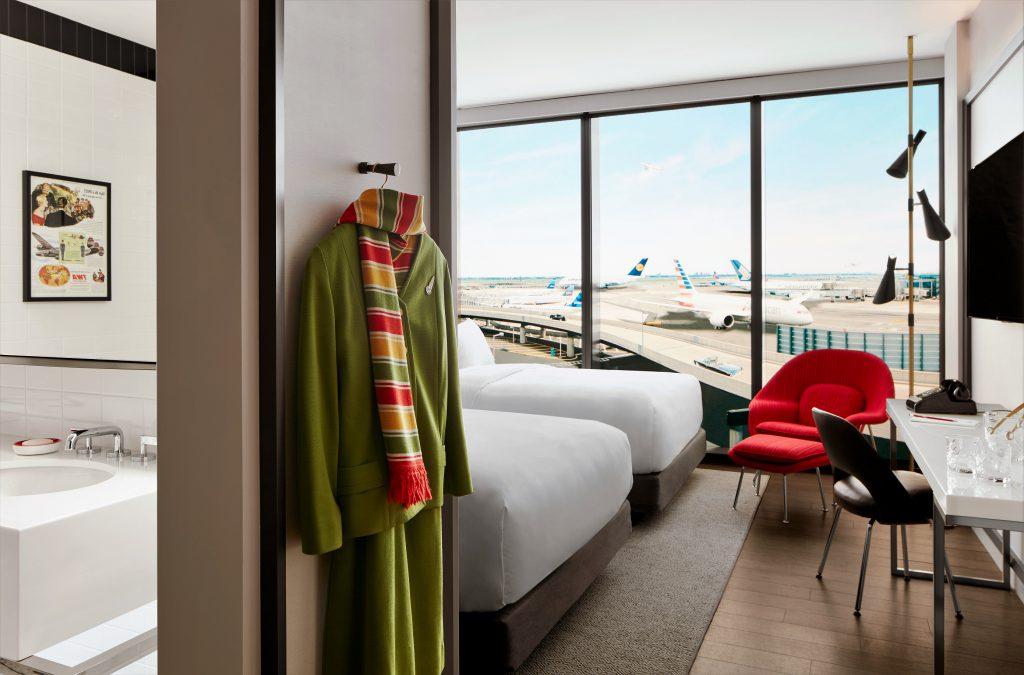 Quarto com janelas à prova de som no novo TWA Hotel at JFK
