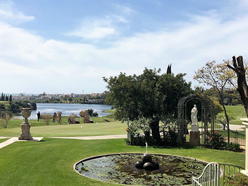 Campo de golfe no Villa Padierna Palace Hotel